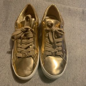 Micheal Kors sneakers size 6.5